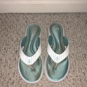 Nike thong foam sandal